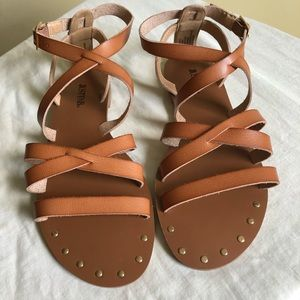 JustFab brown leather sandals/ 7
